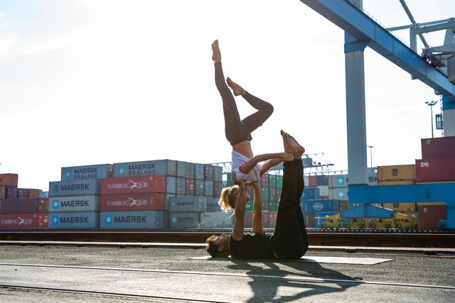 Acro Yoga Workshop mit Noah